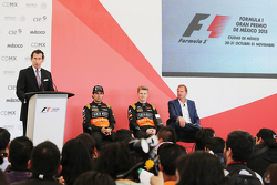 سيرجيو بيريز، سهارا فورس إنديا للفورمولا واحد، مع زميله بالفريقنيكو هلكنبرغ، سهارا فورس إنديا للفورم