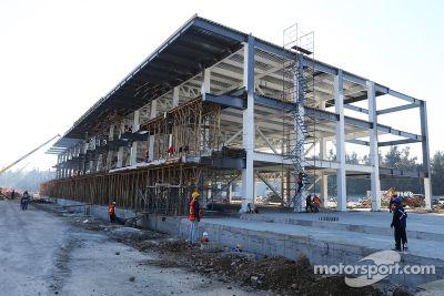 Autodromo Hermanos Rodriguez pist yenilemesi
