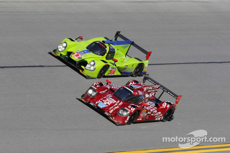 #70 SpeedSource Mazda Mazda: Sylvain Tremblay, Jonathan Bomarito, Tristan Nunez, James Hinchcliffe,