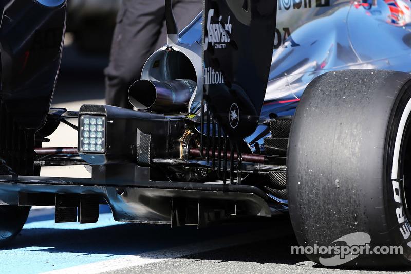 McLaren MP4-30 задній дифозор detail
