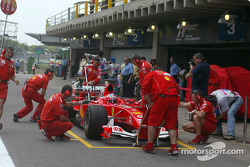 Pitstop practice for team Ferrari and Rubens Barrichello