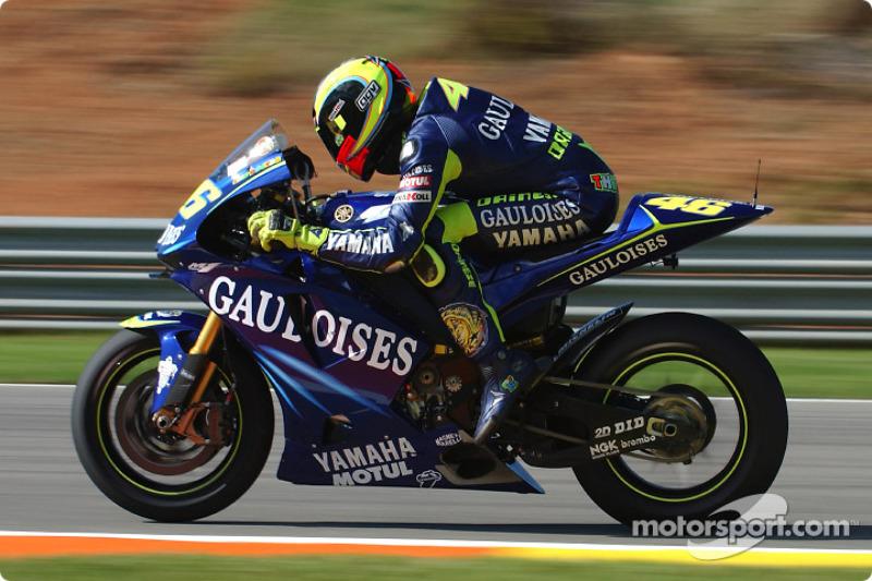 2004. Yamaha YZR-M1 - чемпіон, 9 перемог, 304 очки