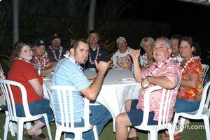 Hawaiian backyard pizza party for the USAC gang