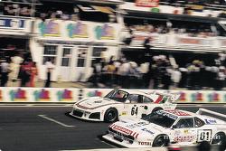 #61 Total BMW M1: Roland Ennequin, Michel Gabriel, Franco Gasparetti, #64 Edgar Dören Porsche 935 K3: Edgar Dören, Billy Sprowls, Contreras