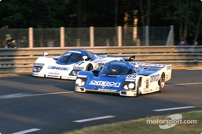 #55 Team Schuppan Porsche 962C: Верн Шуппан, Едже Елгх, Гері Бребем