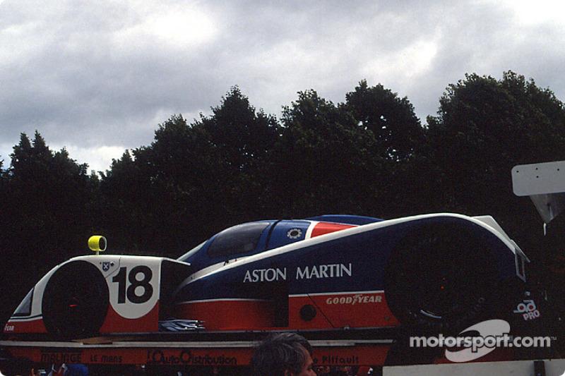 #18 Aston Martin Aston Martin AMR1: Costas Los, Brian Redman, Michael Roe