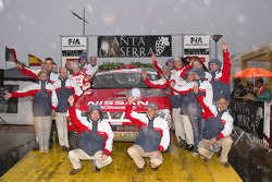 Nissan Rally Raid Team test the Nissan Pickup 2005 at the Baja Portalegre: Colin McRae, Tina Thorner and team members on the podium