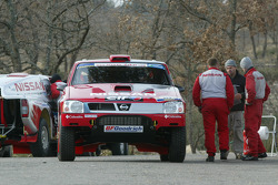 Nissan Rally Raid Team shakedown: the Nissan Pickup 2005 of Colin McRae and Tina Thorner