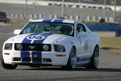 #05 Multimatic Motorsports Mustang Cobra: Scott Maxwell, David Empringham, James Gue