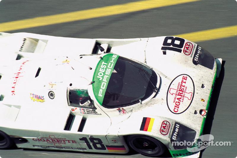 #18 Joest Porsche Racing Porsche 962C: Bob Wollek, Henri Pescarolo, Ronny Meixner