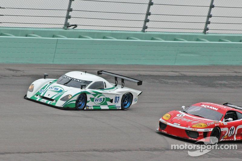 #07 Spirit of Daytona Racing Pontiac Crawford: Bob Ward, Roberto Moreno, #11 JMB Racing USA Ferrari 360 Challenge: Constantino Bertuzzi, Matt Plumb