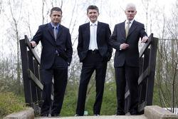 Gil de Ferran, BAR Honda Sporting Director, Nick Fry, BAR Honda Chiel Executive Officer, and Geoffrey Willis