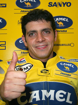 Алекс Баррос
