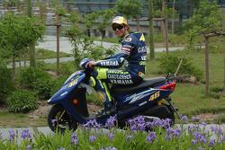 Valentino Rossi alrededor de Shanghai