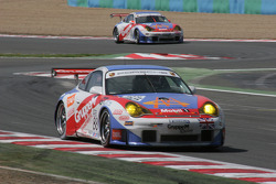 #88 Gruppe M Racing Porsche 996 GT3 RSR: Emmanuel Collard, Tim Sugden