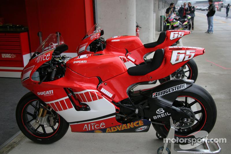 2005: Ducati Desmosedici GP5