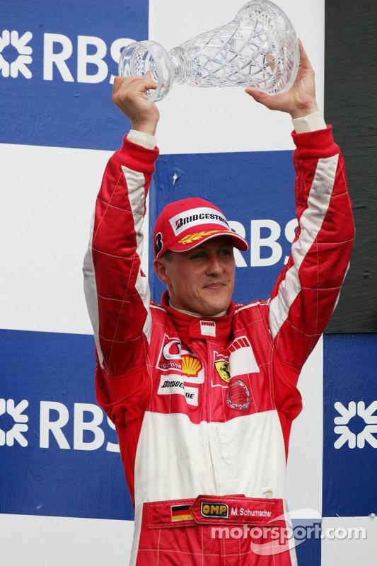Podio: segundo lugar Michael Schumacher