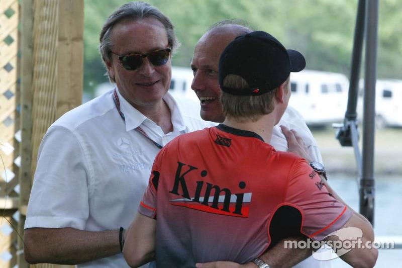 Ron Dennis y Kimi Raikkonen