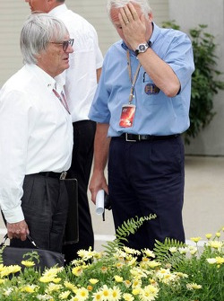 Bernie Ecclestone and Charlie Whiting