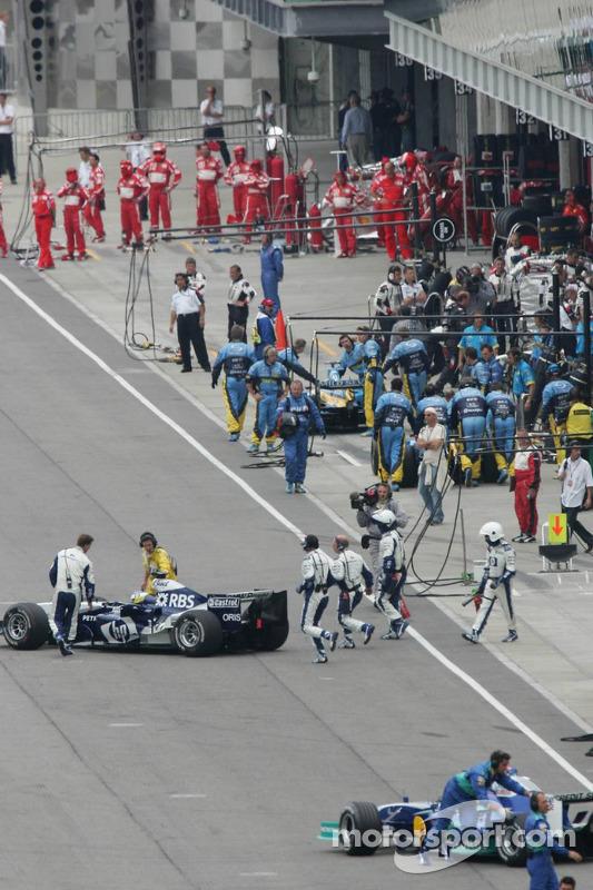 Equipos de Michelin abandonan la carrera