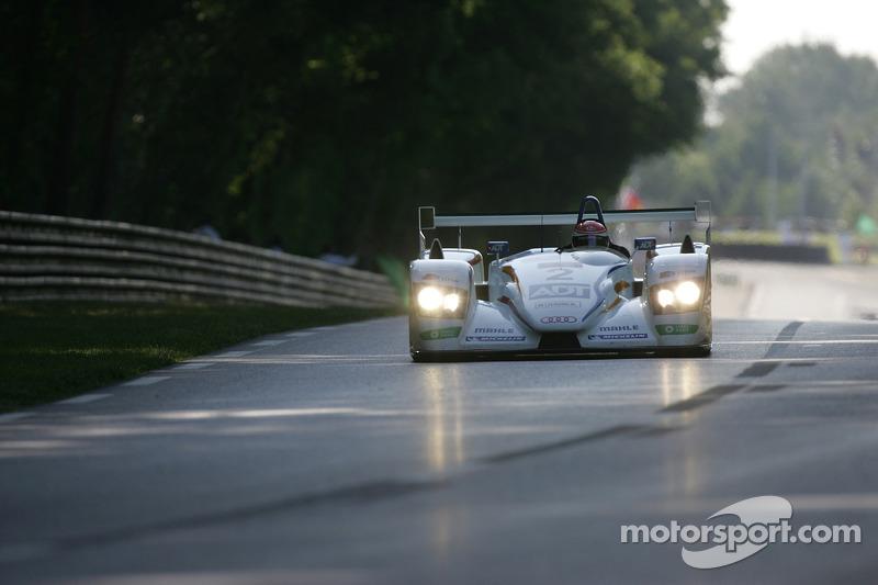 Champion Racing Audi R8 : Frank Biela, Allan McNish, Emanuele Pirro