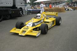#501 1977 Renault RS01, class 10: René Arnoux