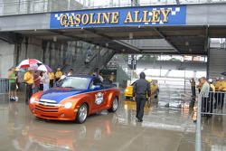 Gasoline Alley under the rain