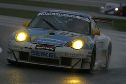 #83 Seikel Motorsport Porsche 996 GT3 RS: Philip Collin, Horst Felbermayr, Horst Felbermayr Jr.