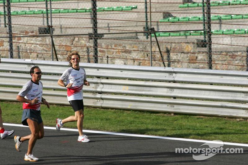 Jarno Trulli se mueva en la pista