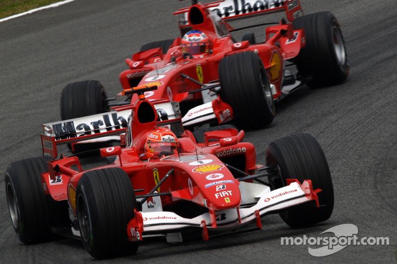 Ali também era o fim de uma das duplas de maior sucesso da Ferrari. Schumacher e Barrichello faziam suas últimas provas como parceiros (o brasileiro iria para a Honda em 2006).