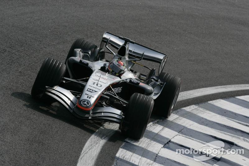 "2005 - Juan Pablo Montoya, McLaren (<a href=""http://fr.motorsport.com/f1/photos/main-gallery/?r=17984"">Galerie</a>)"