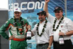 Kim Green and Michael Andretti celebrate championship