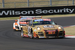 #12 保时捷 GT3 R: David Calvert-Jones, Patrick Long, Chris Pither