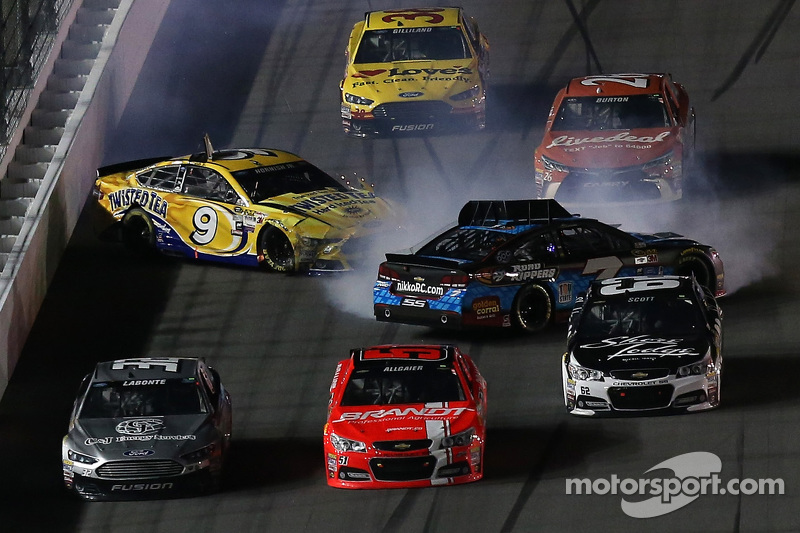 Sam Hornish Jr., Richard Petter Motorsports Ford and Alex Bowman, Tommy Baldwin Racing in trouble