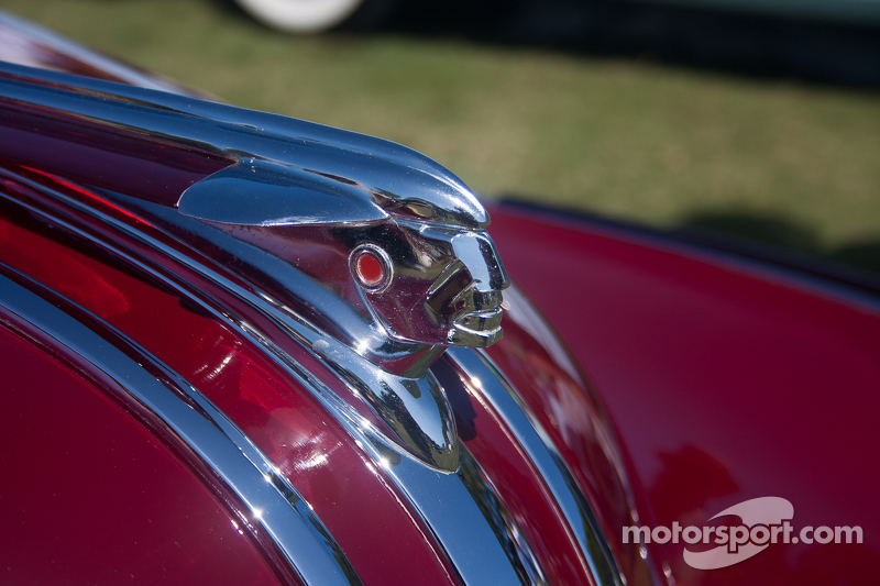 1948 Pontiac Deluxe Torpedo Cabriolet