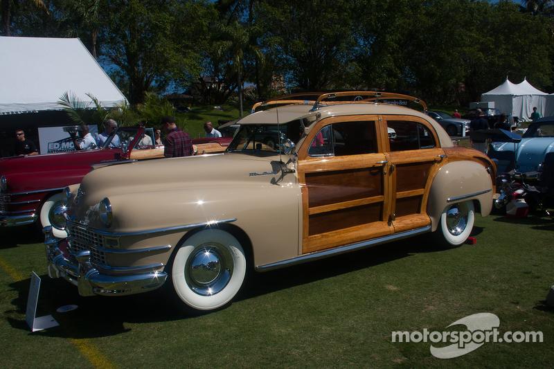 1947 克莱斯勒 Town & Country Sedan