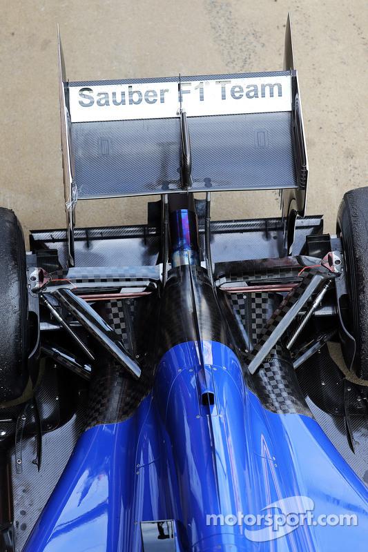 Sauber C34 suspensão traseira detalhe