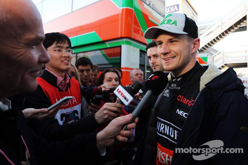 Nico Hülkenberg, Sahara Force India F1, mit der Presse