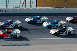 Three-wide racing
