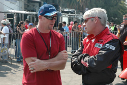Paul Tracy with #4 team member