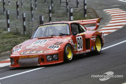 #90 Dick Barbour Racing Porsche 935/77: Brian Redman, Dick Barbour, John Paul