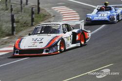 #43 Martini Racing Porsche 935/78: Manfred Schurti, Rolf Stommelen, Reinhold Joest
