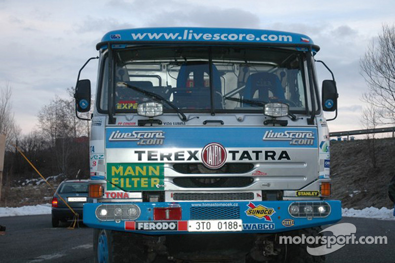 Equipe Tomas Tomecek Letka Racing quitte Lisbonne: the Livescore Tatra 815 Dakar Terrno