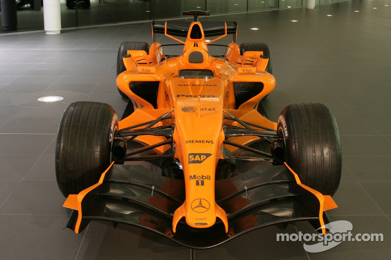 f1-mclaren-mp4-21-launch-2006-the-new-mc
