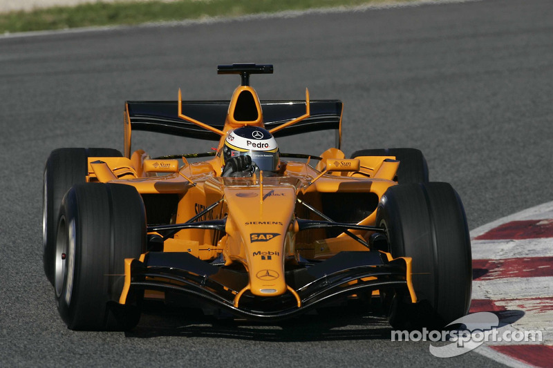 Pedro de la Rosa prueba el McLaren MP4-21