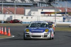 #83 Farnbacher Loles/ Orbit Racing Porsche GT3 Cup: Dominik Farnbacher, Mike Fitzgerald, Pierre Ehret, Marc Basseng