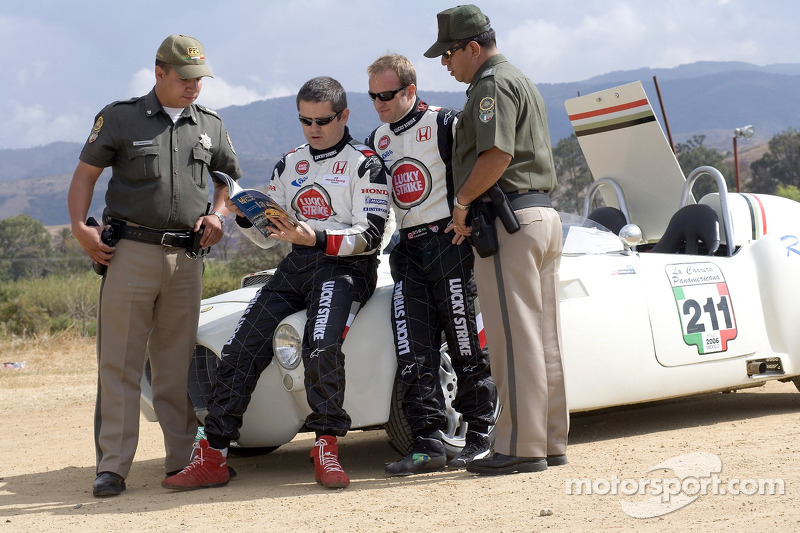 Honda Racing F1 Team's Rubens Barrichello and Team Sporting Director Gil de Ferran travelled to Oaxa