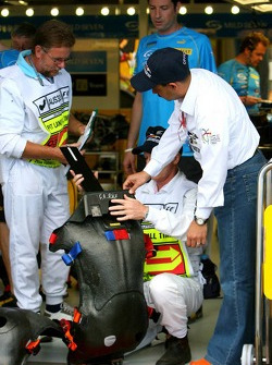 Technical inspection at Renault