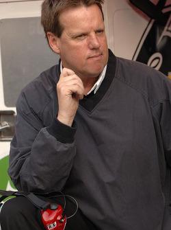 Mark Martin's crew chief Mike Beam