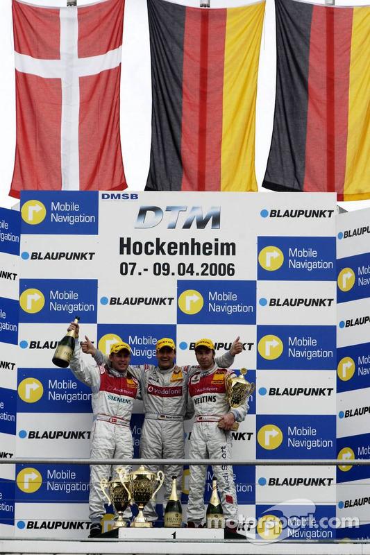 Podium: le vainqueur Bernd Schneider avec Tom Kristensen et Heinz-Harald Frentzen